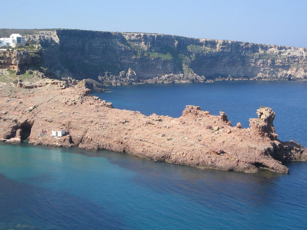 Menorca (Review)