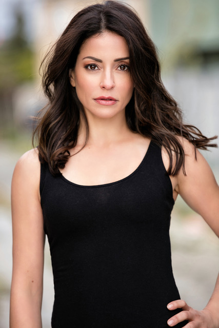 Talent On Tap – Emmanuelle Vaugier – The Complete Package and More