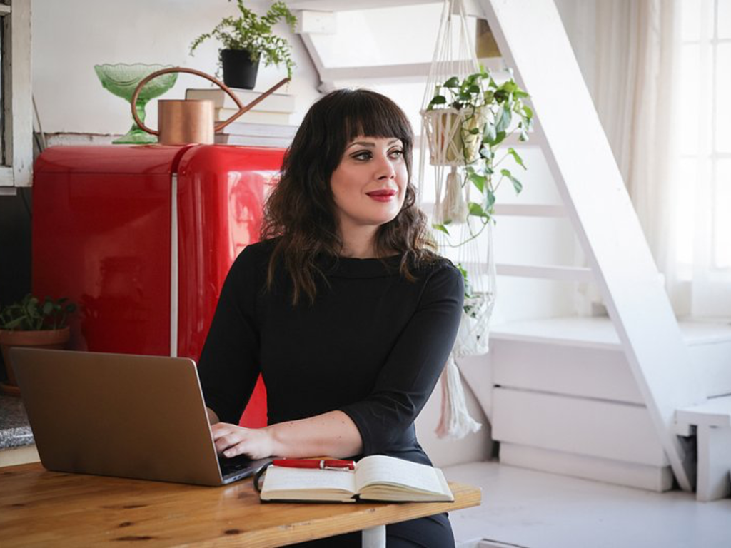Talent on Tap – Lauralee Sheehan and Digital 55 Put Women First For A Change